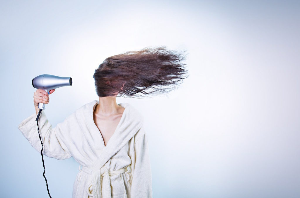 5 Features to Look for the Next Time Your Buy a Hair Dryer