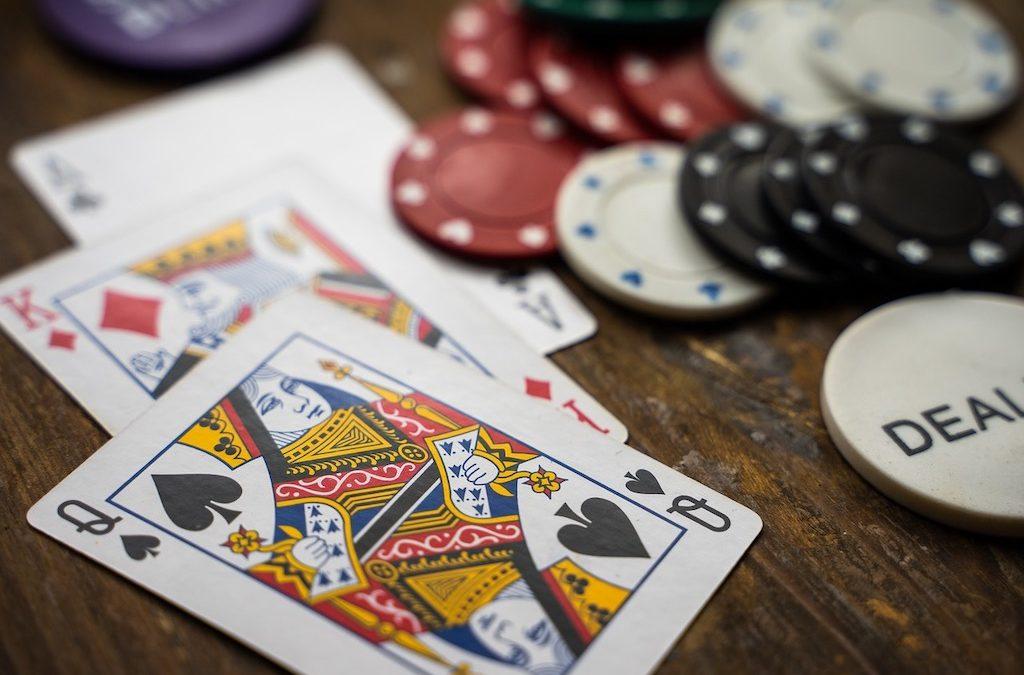 Three Ways to Take Advantage of Bonuses When Playing Online