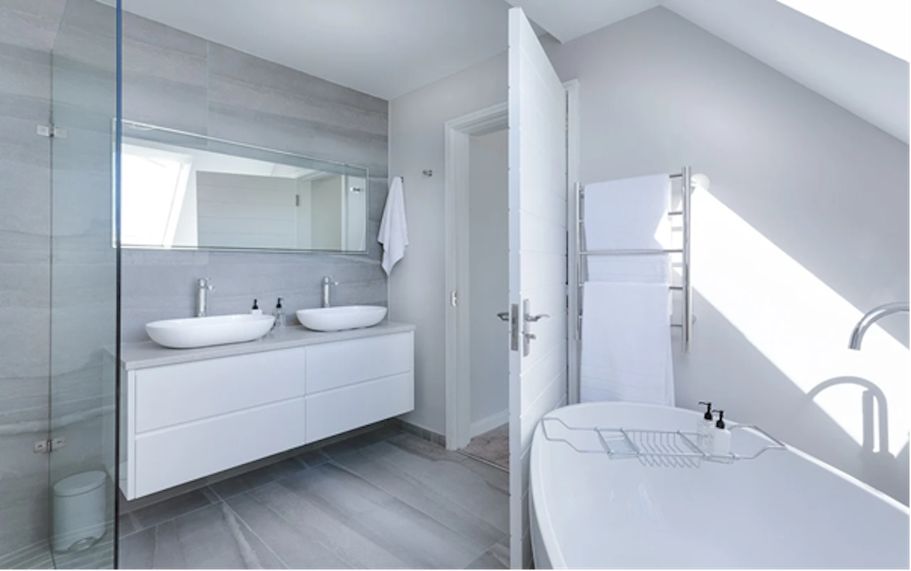Everything You Need to Know About Bathroom Flooring When Redecorating Your Home